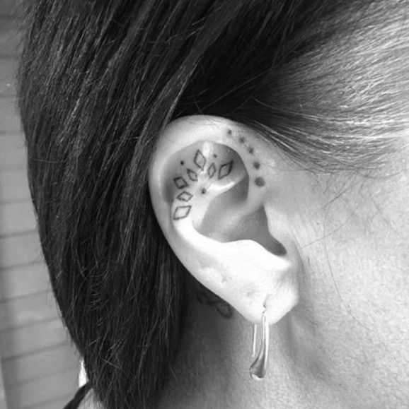 100+ Most Chosen Minimalist Ear Tattoos Design You Can Try – Page 10 of 114   – …