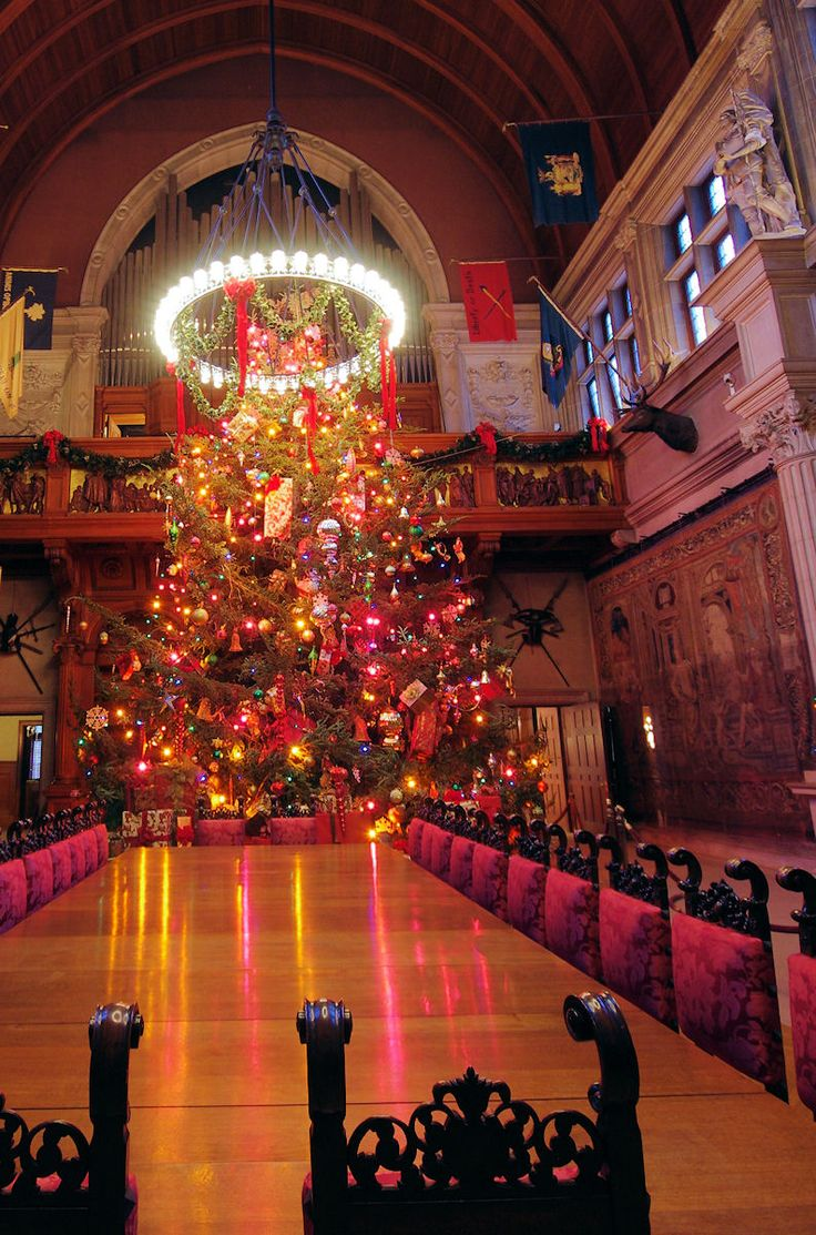 #Christmas tree in the Banquet Room inside #Biltmore House in Asheville