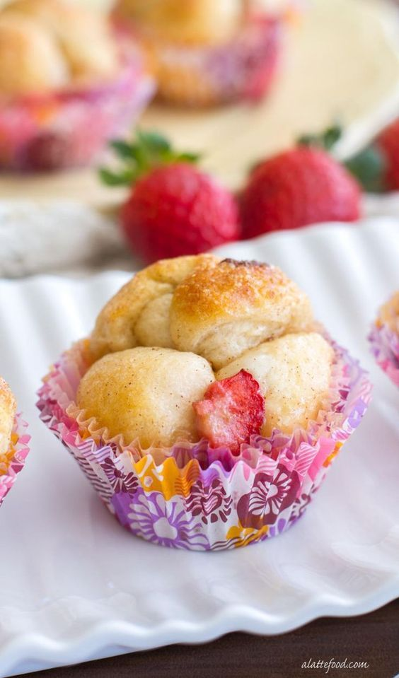 This easy monkey bread recipe is stuffed with cream cheese and strawberries to put a fun twist on a classic recipe!