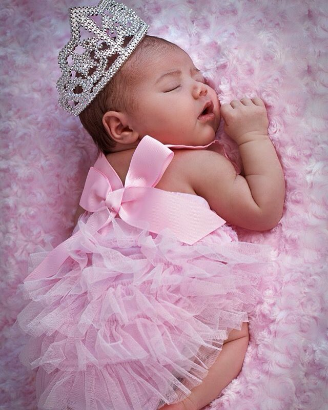 New Born Pictures My Grand Baby Pinterest We Baby Girls And Newborn Babies