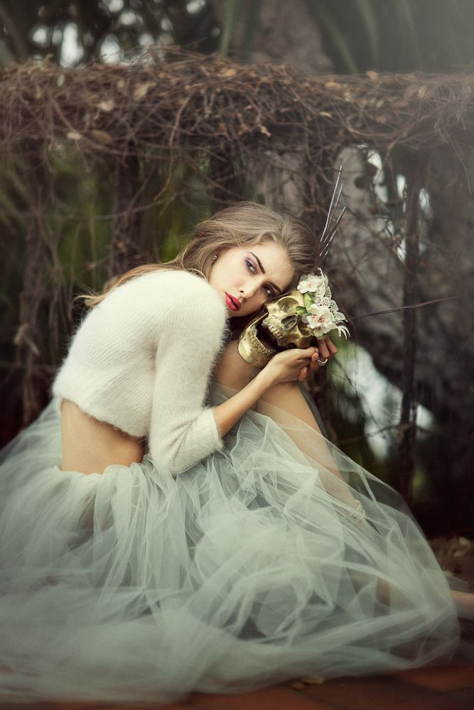 NOTE*** LOVE THE TULE DRESS, CROPED FUR SWEATER AND SKULL ***Photographer |Emily…