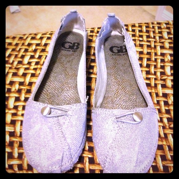 Gianni Bini espadrilles. GB silver espadrilles. Good condition, the inside is charcoal gray with silver.. Gianni Bini Shoes