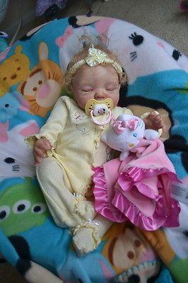 Ooak-Reborn-newborn-real-life-baby-girl-Holly-Baby-art-doll