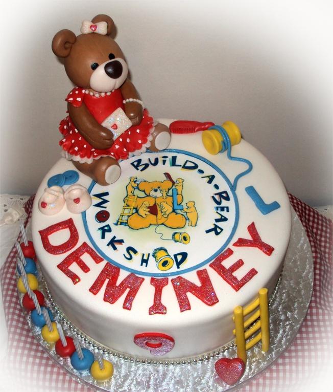 Delana's Cakes: Build a Bear Cake