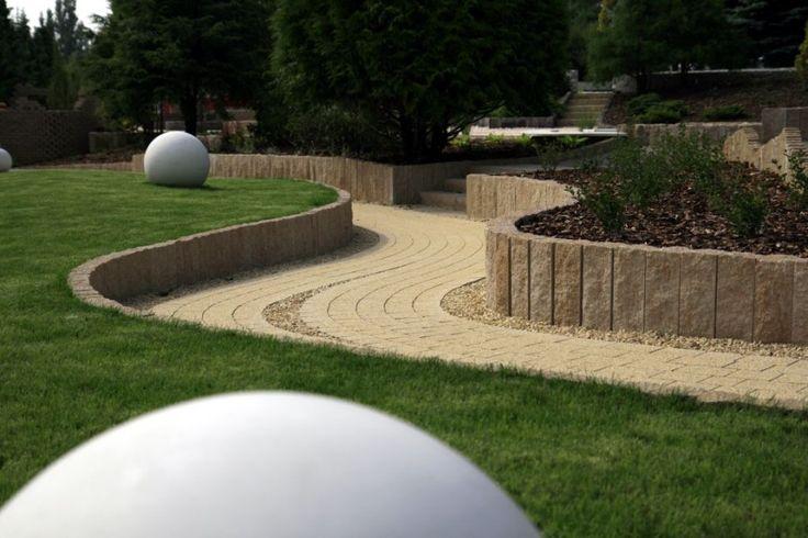 palisada betonowa w ogrodzie - Szukaj w Google