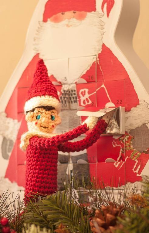 Crocheting shelf elf