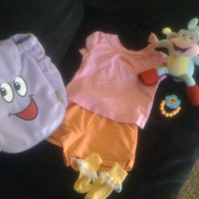 Easy Dora costume I made!