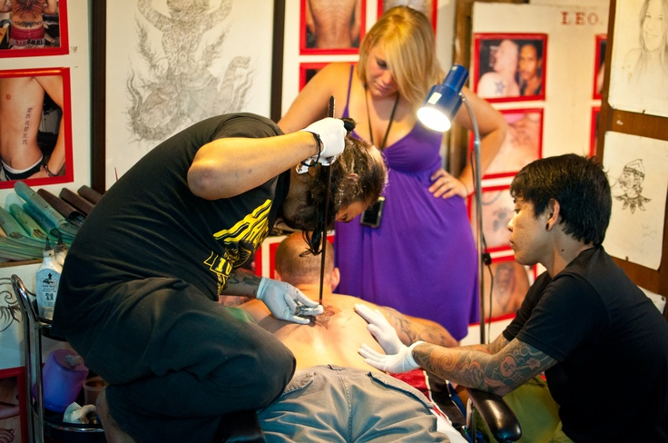 Tattooing (Koh Phi Phi, Tailand)