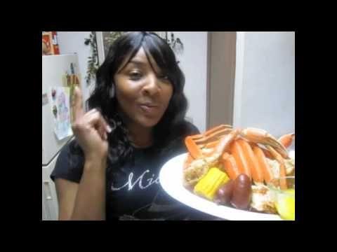 Spicy Steamed Snow Crabs w/Garlic Butter-Corn & Sausage