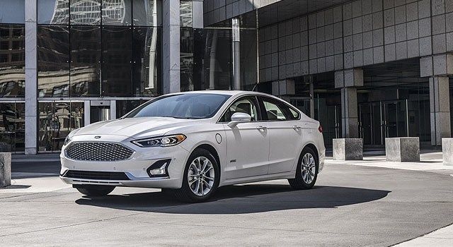 2019 Ford Fusion Energi Comes With A Better Range Ford Fusion Ford Mondeo Ford Fusion Energi