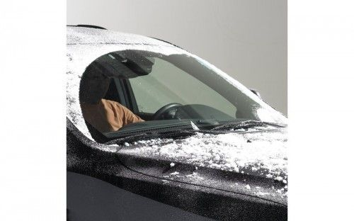 DIY Non-Freezing Windshield Cleaner Combine one quart of rubbing alcohol, one cup of water, and two tablespoons of liquid detergent. Remains liquid to -35 degrees F.