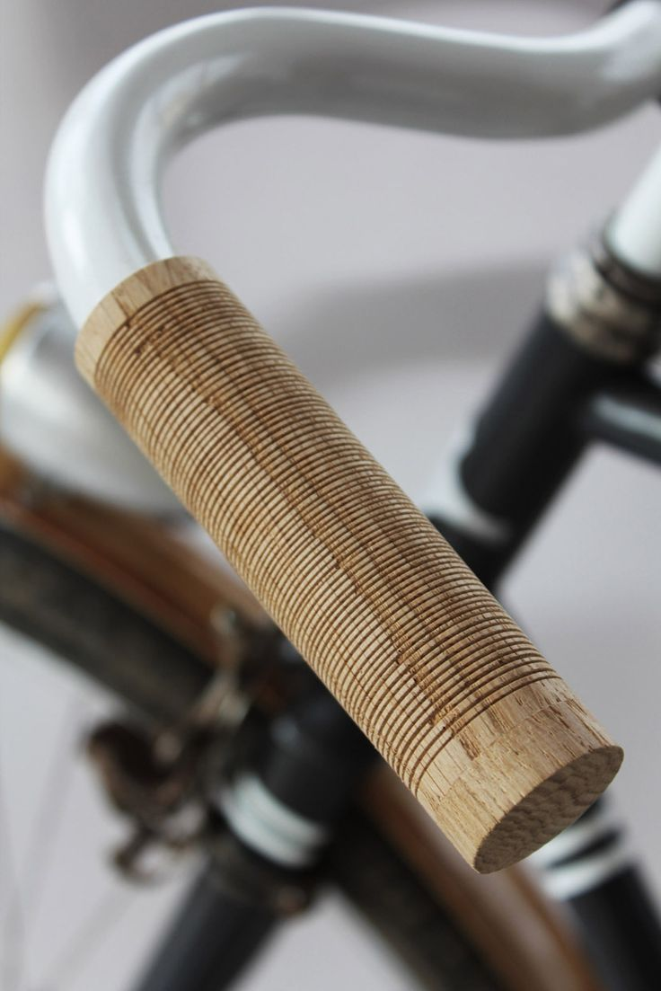 Wooden bicycle handles - Thibaut Malet, Montpellier