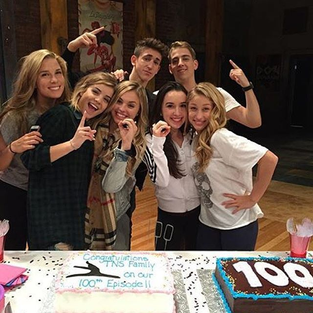100th episode! Congrats TNS CAST✌️✌️✌️ #100episodes #TheNextStep #SnapMeEleanorFollowTrain #BrittanyRaymond #EleanorSnap #EleanorCalder #TheNextStep100ThEpisode #TheNextStepSeason4 #Season4