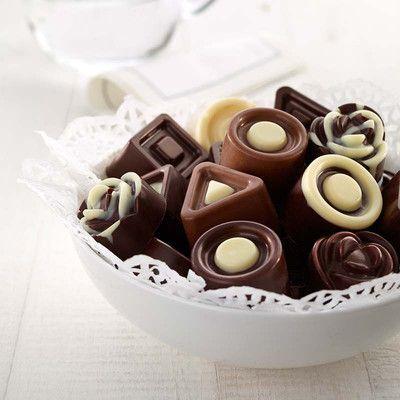 Foremka do czekoladek w kształcie róży Lekue. Zobacz więcej na mykitchen.pl