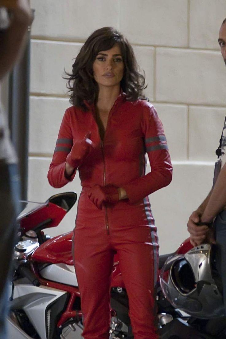 Penelope Cruz Filming scenes on the set for 'Zoolander 2' in Rome