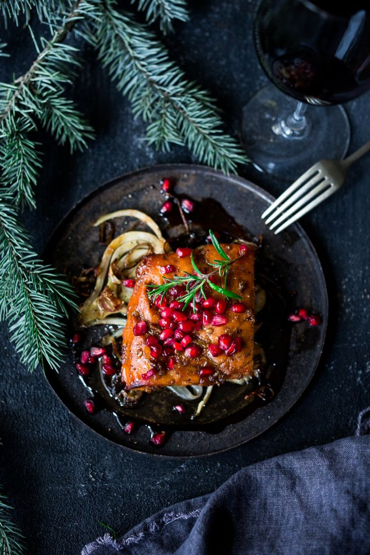 Roasted Pomegranate Salmon with braised fennel - a healthy and festive holiday dinner that can be made in under 30 minutes. | @sonoma-Cutrer #sonoma-Cutrer www.feastingathome.com