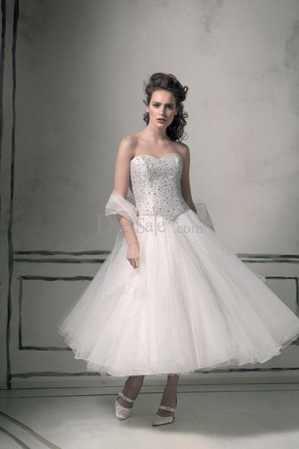 Sons of guns kris and stephanie wedding dresses