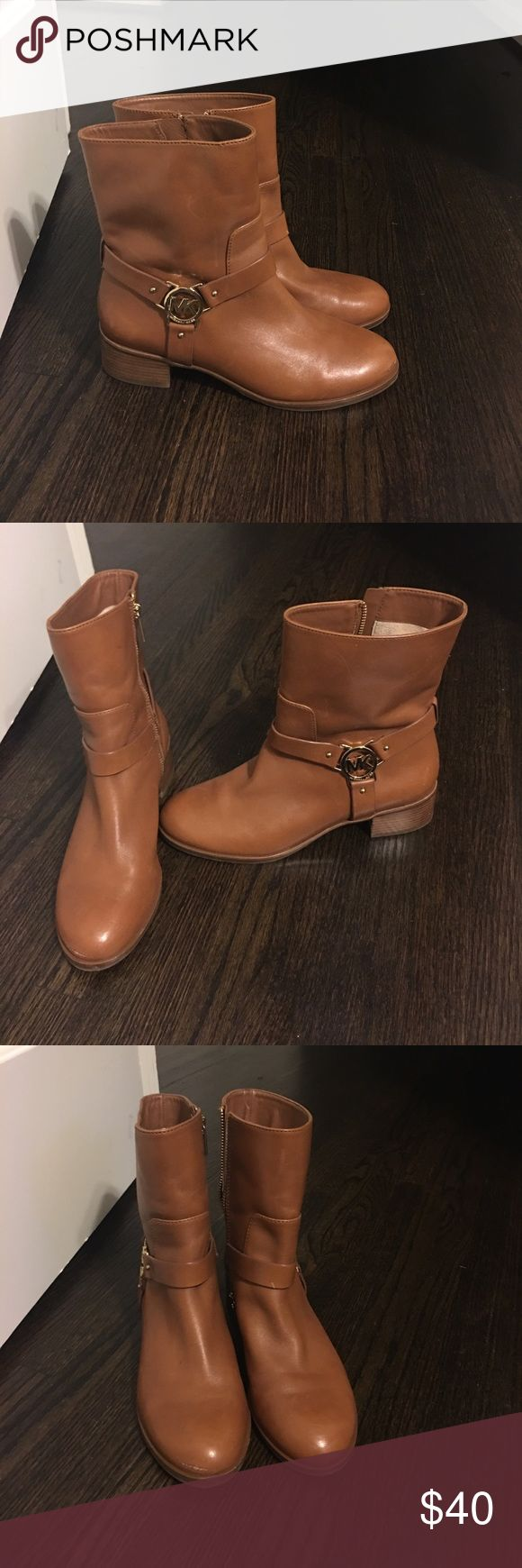 🌹Michael Kors Tan Leather Boots 8M 🌟Super Hot 🌟 Michael Kors Tan Leather Boots-8M: These have been worn 2x since purchased two years ago. There is a small scratch across the toe point of one shoe. They were too small for my size. KORS Michael Kors Shoes Ankle Boots & Booties