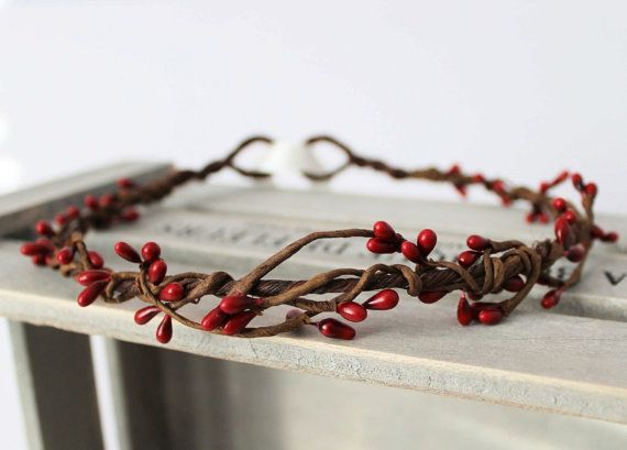 Deep Red Pip Berry Woodland Crown Halo, Flower Girl, Bridesmaid, Boho Wedding, Berry Head Wreath, Winter Wedding