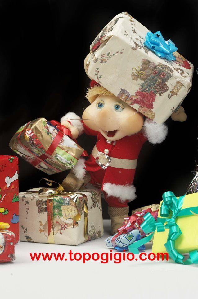 Topo Gigio and lots of presents!