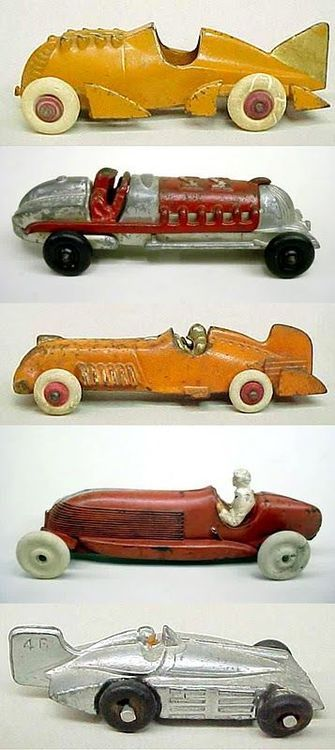 Antique toys in excellent condition are so cool!