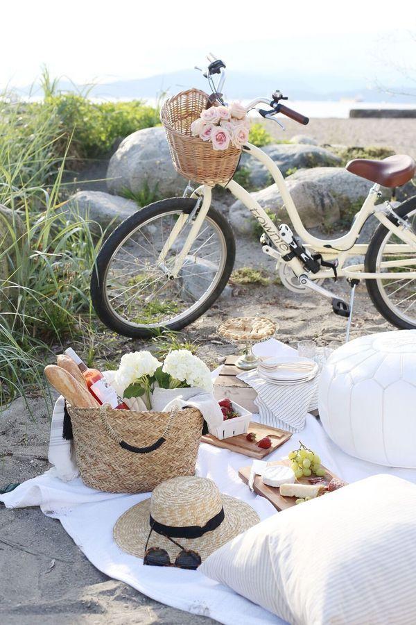 Summer Beach Picnic Essentials