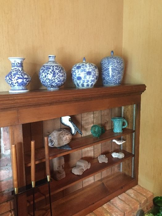 Found on EstateSales.NET: Blue and White Asian ware, blown glass, wood and sculptures