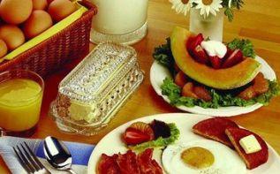 Что нельзя кушать в 3 стадии хронической почечной болезни? http://www.kidney-cure.org/ckd-diet/115.html