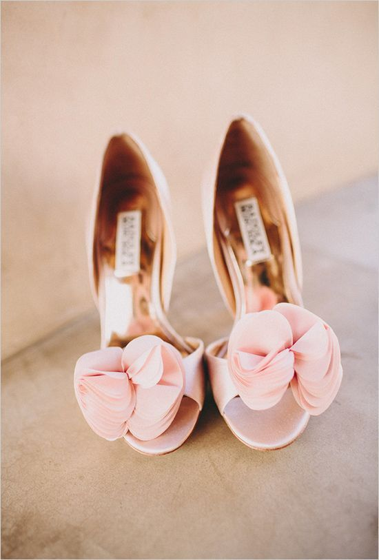 Badgley Mischka pink wedding shoes | Casablanca Wedding Dress for a Shabby chic wedding with blush and champagne colours Photographed by: laurenscotti.com | read full #wedding on fabmood.com: