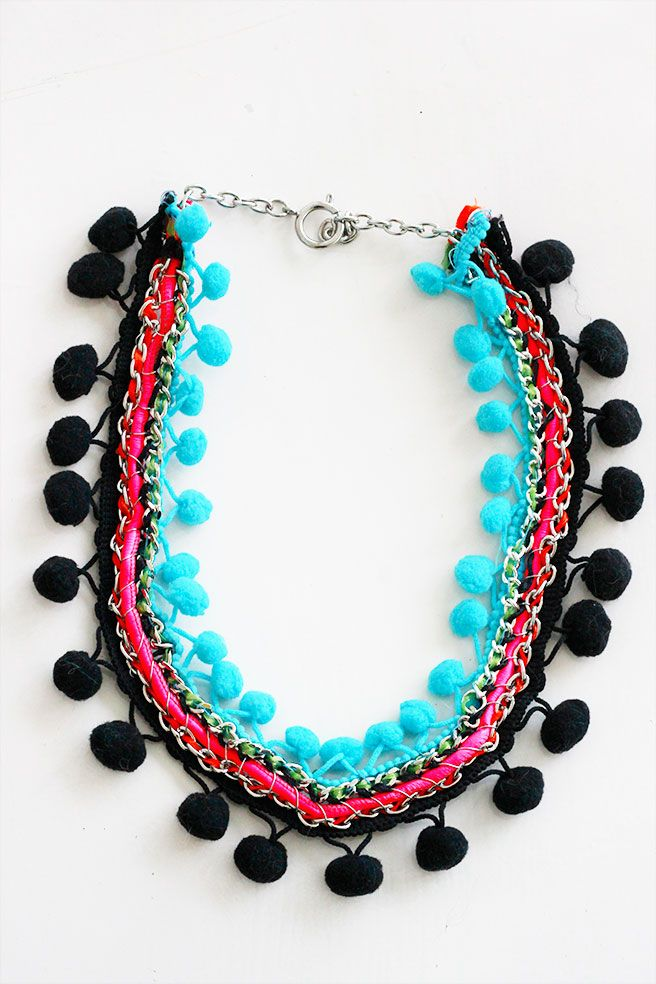 Lana Red Studio: Pom Pom Necklace DIY