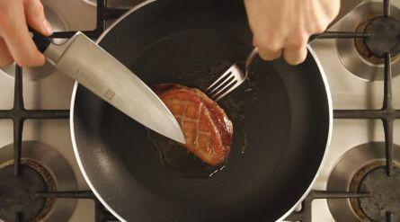 Eend met romige portsaus - Recept - Allerhande