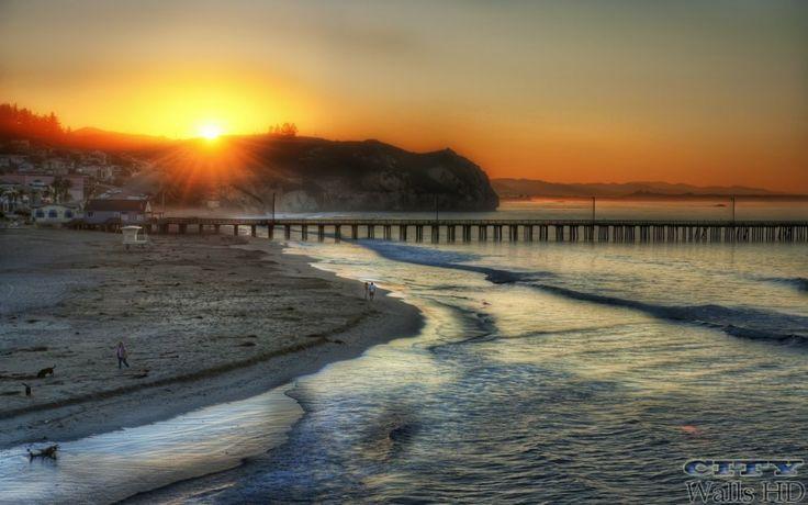 Ein wunderbarer Sonnenuntergang am Strand in Los Angeles