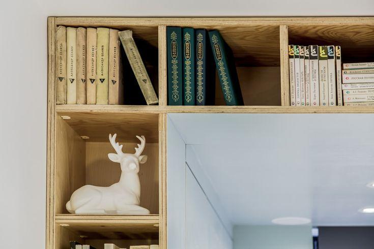 Домашняя библиотека в интерьере комнаты для подростков