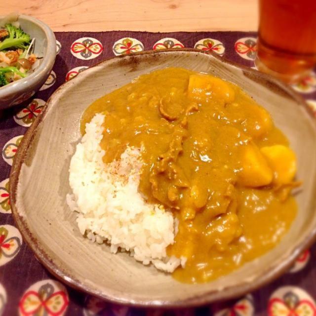とろみがあって、優しい味です。 豚肉(山小屋風)でも牛肉(山形芋煮風)でも美味しくなります。 里芋パワーで元気いっぱい♪ - 28件のもぐもぐ - 里芋和風カレー by Miwako Tomizawa