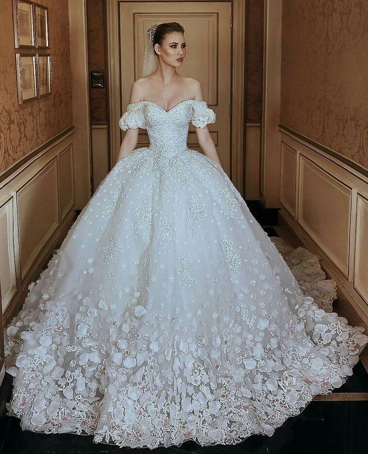 157 best western wedding dress images on Pinterest | Bridal dresses ...