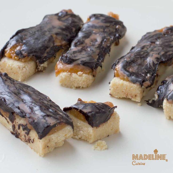 Batoane de ciocolata si caramel / Chocolate caramel bars