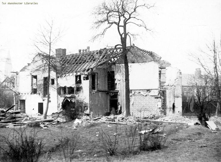 Pepperhill Farm in a state of dereliction (1900)
