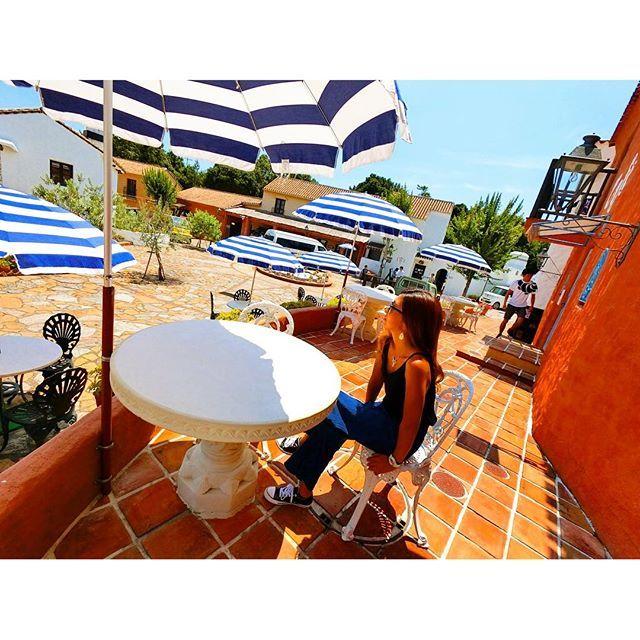 【kkkasm】さんのInstagramをピンしています。 《𓇼𓇼𓇼 海行きたいなー☀️ ぼーっと眺めたい気分🎵😊 海ゎ元気出るよねー! . #海 #太陽 #海沿い #カフェ #巡りたい #cafe #beach #hawaii #息抜き #offday #ほっとひと息 #自然 #テラス #伊勢 #summer #pic #favorite #what #up #happy》