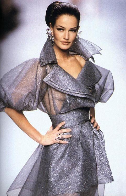 1992 - Claude Montana for Lanvin Couture show - Karen Mulder