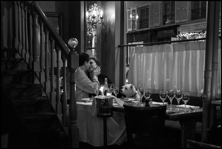 "Peter Turnley New Year's Eve, Chez Julien, 2012 from book ""French Kiss – A Love Letter to Paris"" Peter N. Turnley (b. 1955) is photojournalist know... - Светлана Ганоль - Google+"