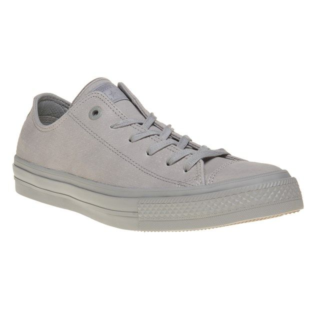 check deze Converse Chuck Taylor All Star II Low Trainers (grijs)