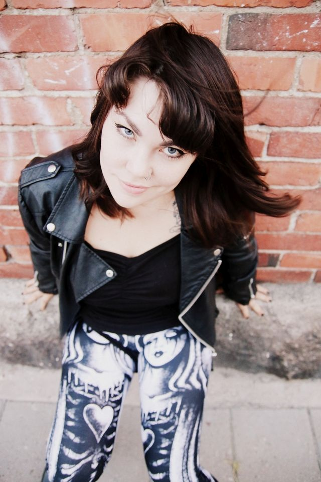 Miss Ruki Ver kaipaa uusimmassa blogissaan takaisin kouluun: http://www.emp.fi/blog/vaatteet_ja_tyyli/vaatteet_ja_muut_tuotteet/takaisin-kouluun/?wt_mc=sm.pin.fp.blogi-takaisin-kouluun.28082015