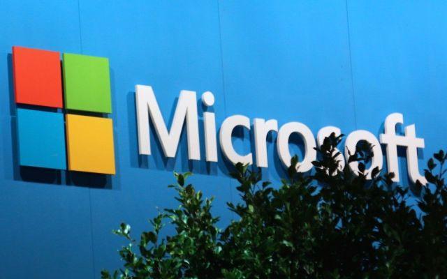 Microsoft: addio smartphone consumer, cosa significa? Attraverso il nuovo presidente di Microsoft Francia, Vahe` Torossian, il colosso americano ha parlato alla testata francese Le Point dei propri piani relativi alla divisione mobile: l'azienda uscira` #microsoft