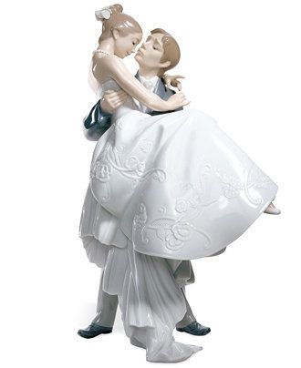 Lladro Collectible Figurine, The Happiest Day - Macy's Bridal and Wedding Registry