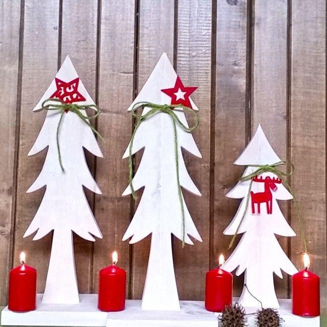 Pinitos nórdicos para armar una preciosa y original decoración de Navidad. Encuéntralos en nuestra tienda online www.labellezadelascosas.cl