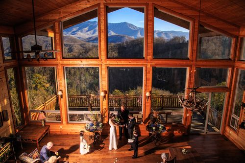 Gatlinburg Weddings | Cabin Wedding Ceremonies in Gatlinburg — Flower Mountain Weddings & Receptions