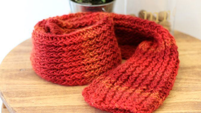 Tuto: tricoter une écharpe facilement sans aiguilles avec un tricotin 9