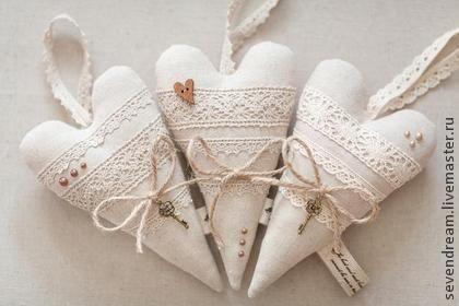 Подарки для влюбленных ручной работы. Ярмарка Мастеров - ручная работа Сердце Тильда (льняное). Handmade.