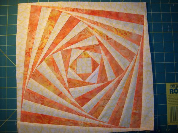 twisted log cabin quilt block tutorial (without paper piecing)