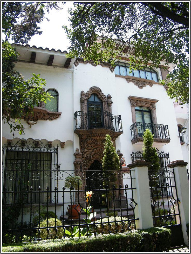 M s de 25 ideas incre bles sobre casas californianas en - Fotos de casas estilo colonial espanol ...